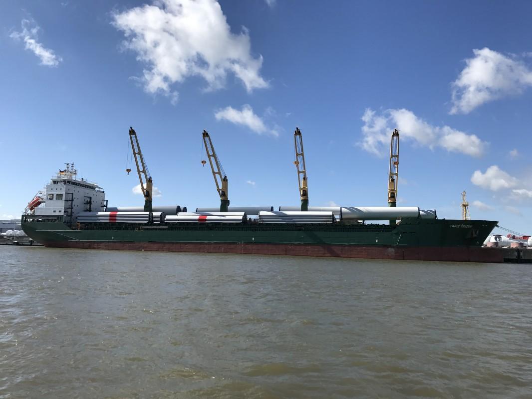 Perspektivpapiere für die Häfen Cuxhaven und Stade
